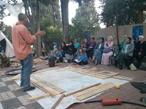 SPNI workshop participants learn how to build special flower beds for the Shmitta year